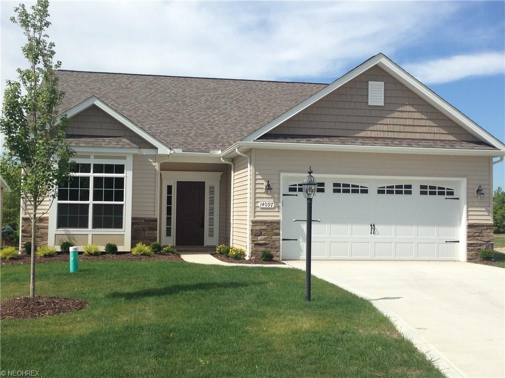 14145 Pinebrook Oval, Strongsville, OH
