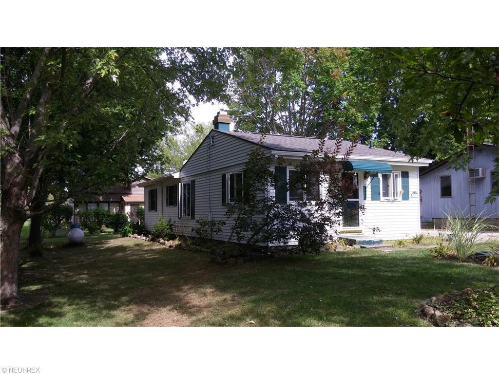 10605 Northfield Dr, North Benton, OH
