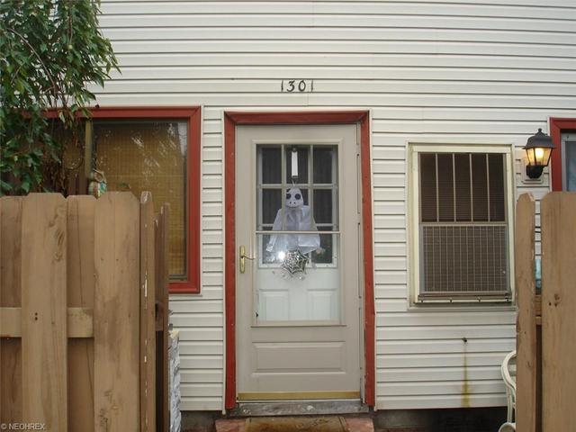 1301 Jester Ct, Brunswick, OH