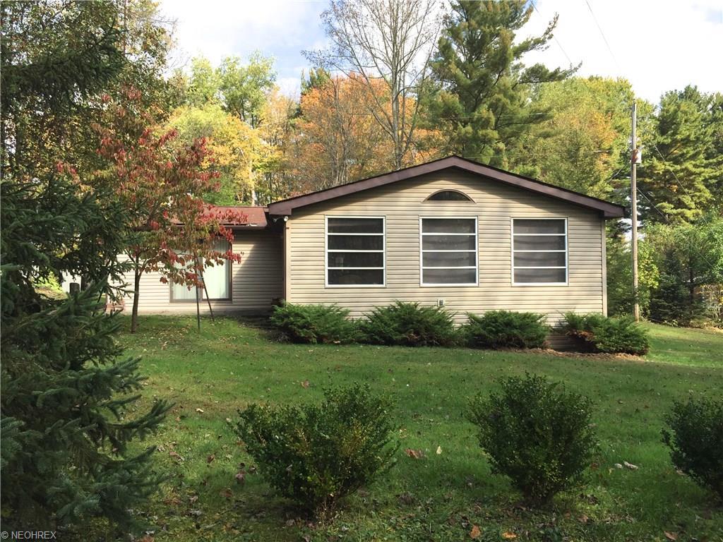 2266 Woodland Dr, Carrollton, OH