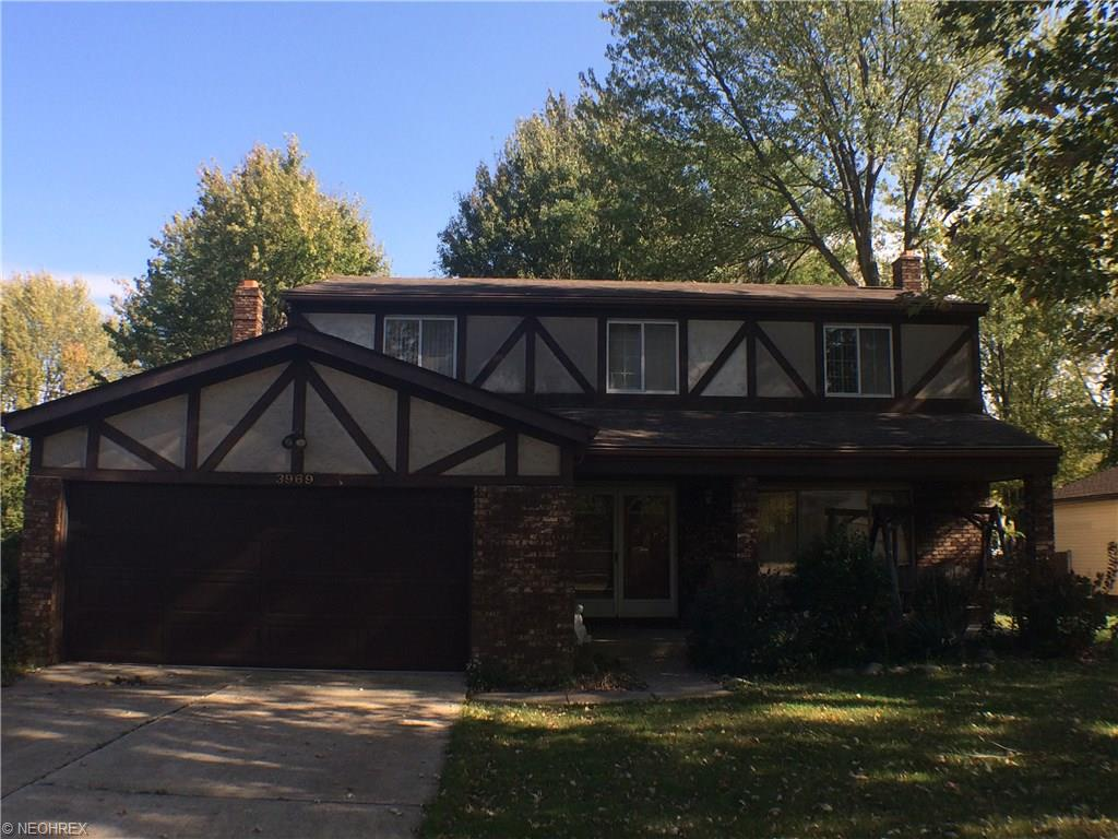 3969 Dover Center Rd, North Olmsted, OH
