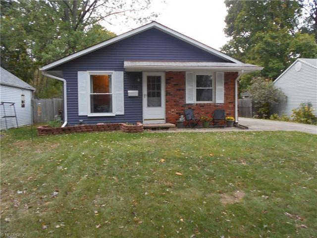 1906 Aberdeen Rd, Madison OH 44057