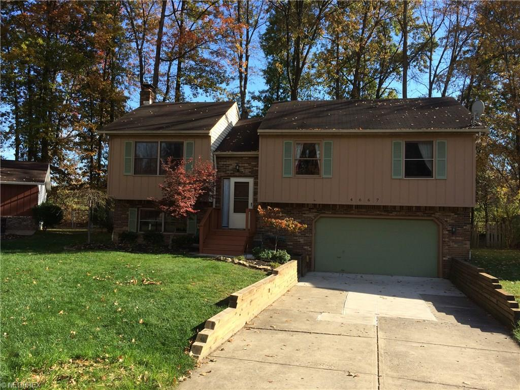 4667 Brendan Cir, North Olmsted, OH
