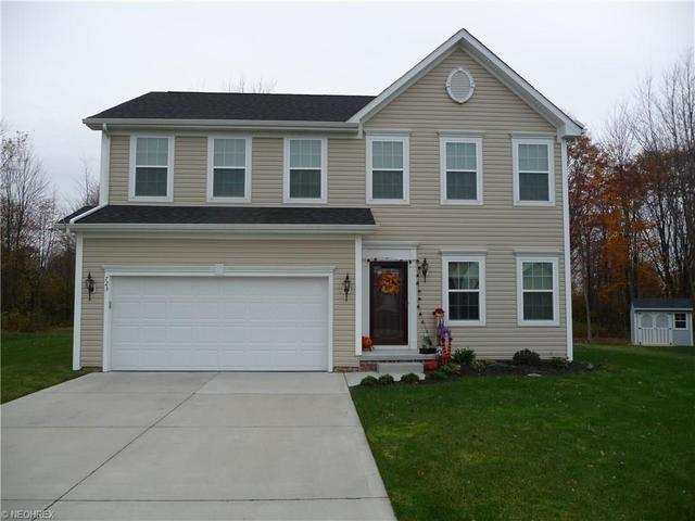 723 Arbor Trails Dr, Macedonia OH 44056