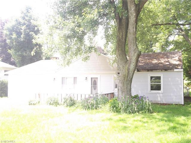 1948 Sandgate Rd, Madison OH 44057
