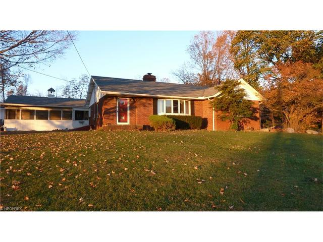 6329 River Rd, Madison OH 44057