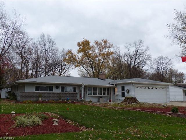 6035 Cedarwood Rd, Mentor, OH