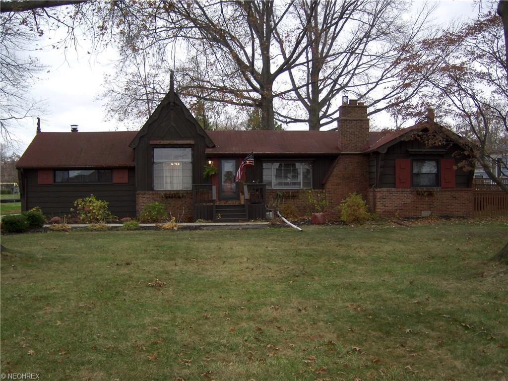 32995 Lake Rd, Avon Lake, OH