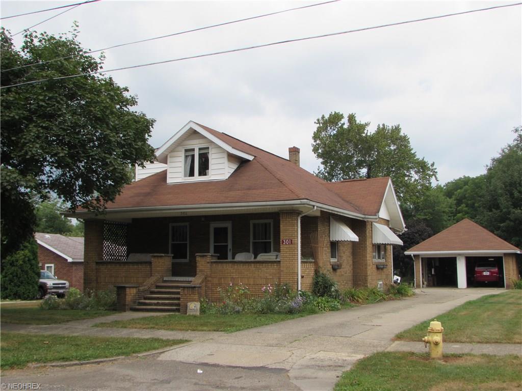 301 W Porter St, Malvern, OH