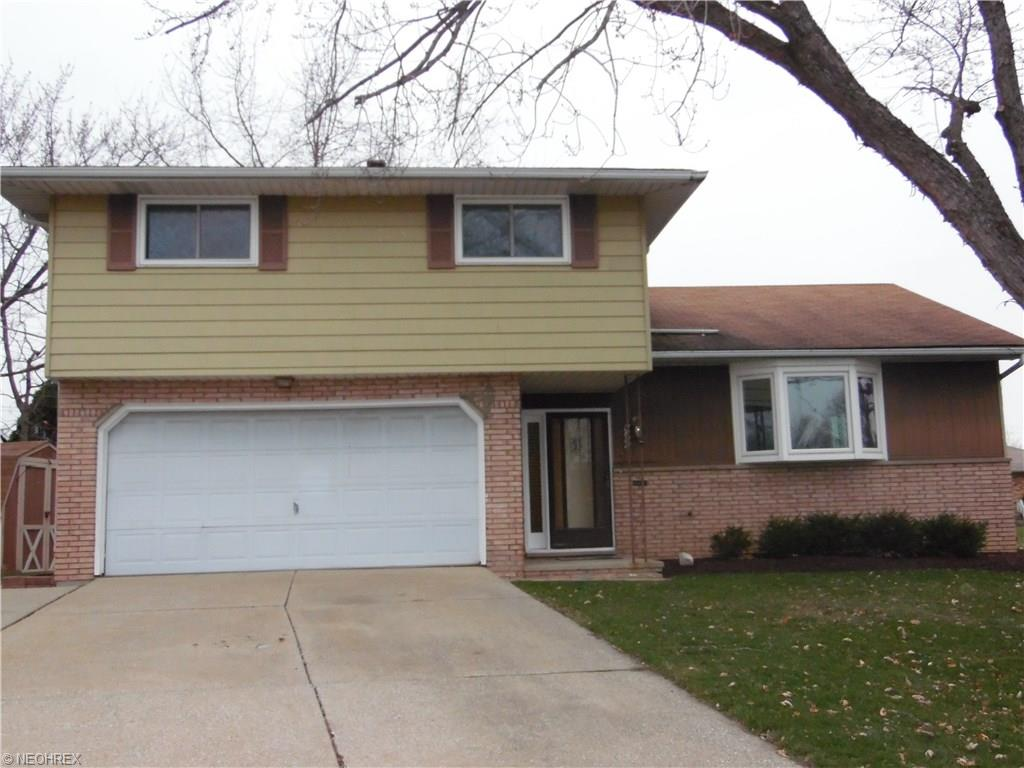 6380 S Canterbury Rd, Cleveland, OH