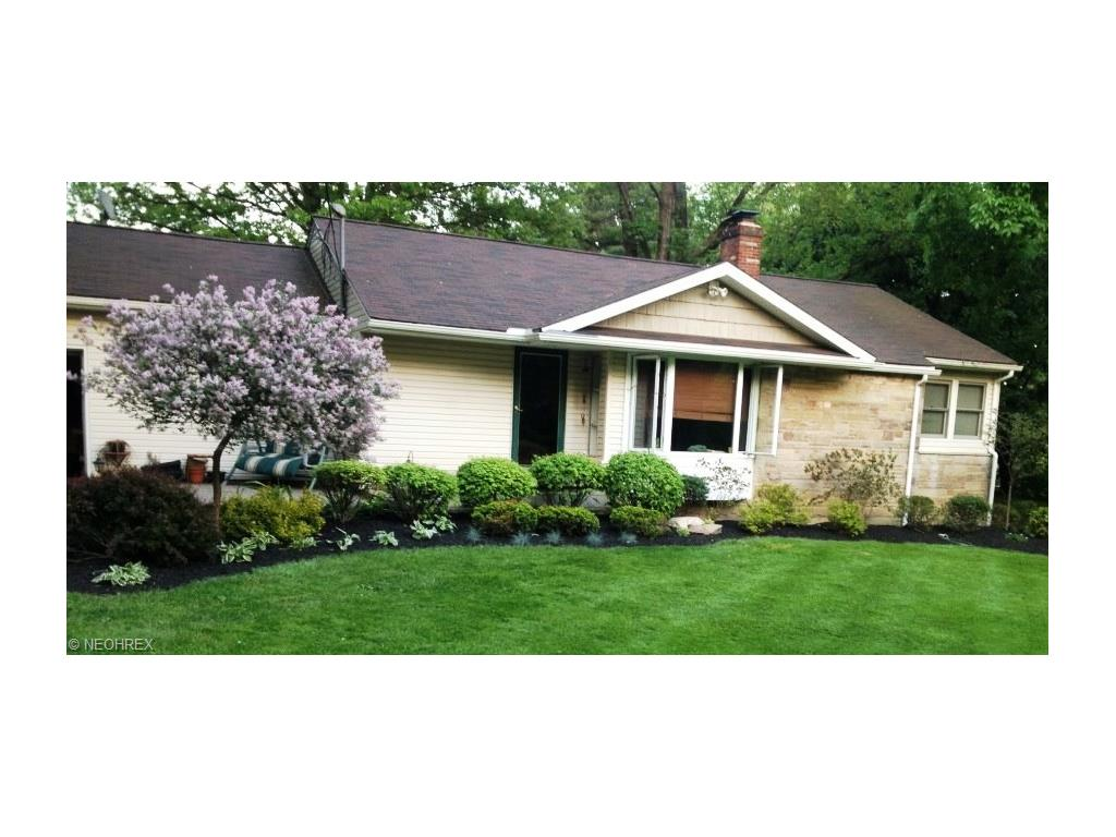 1811 Orchard Dr, Akron, OH