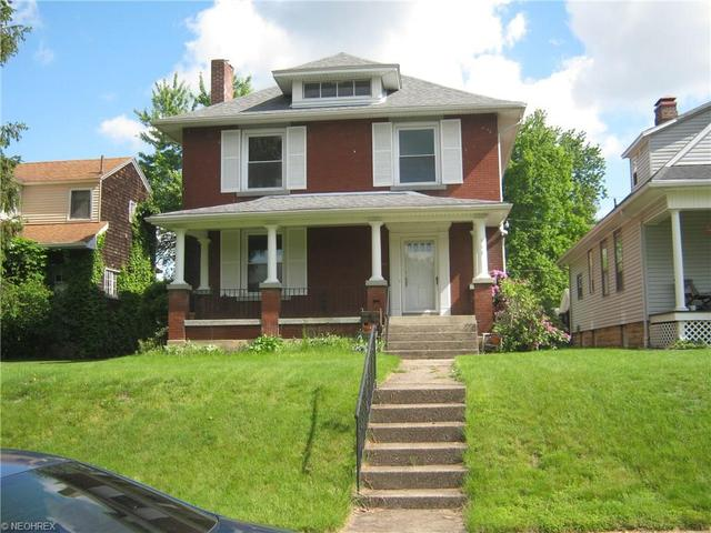955 Laurel Ave, Zanesville, OH