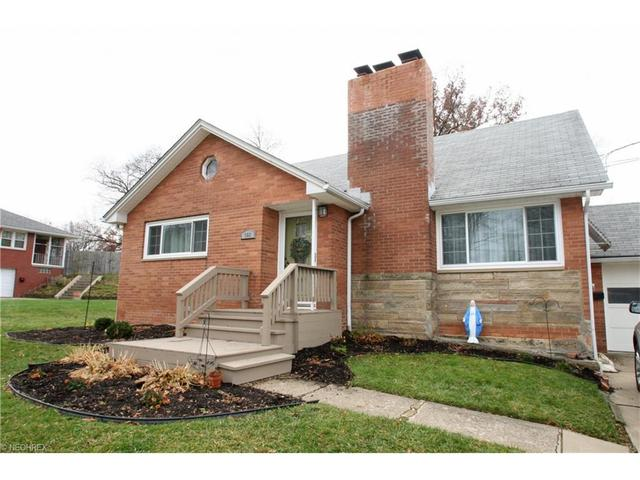 908 21st St, Canton OH 44714