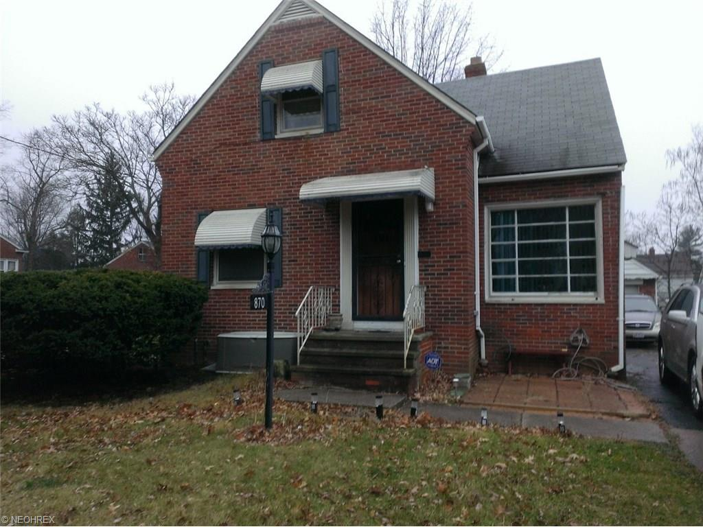 870 Woodview Rd, Cleveland, OH