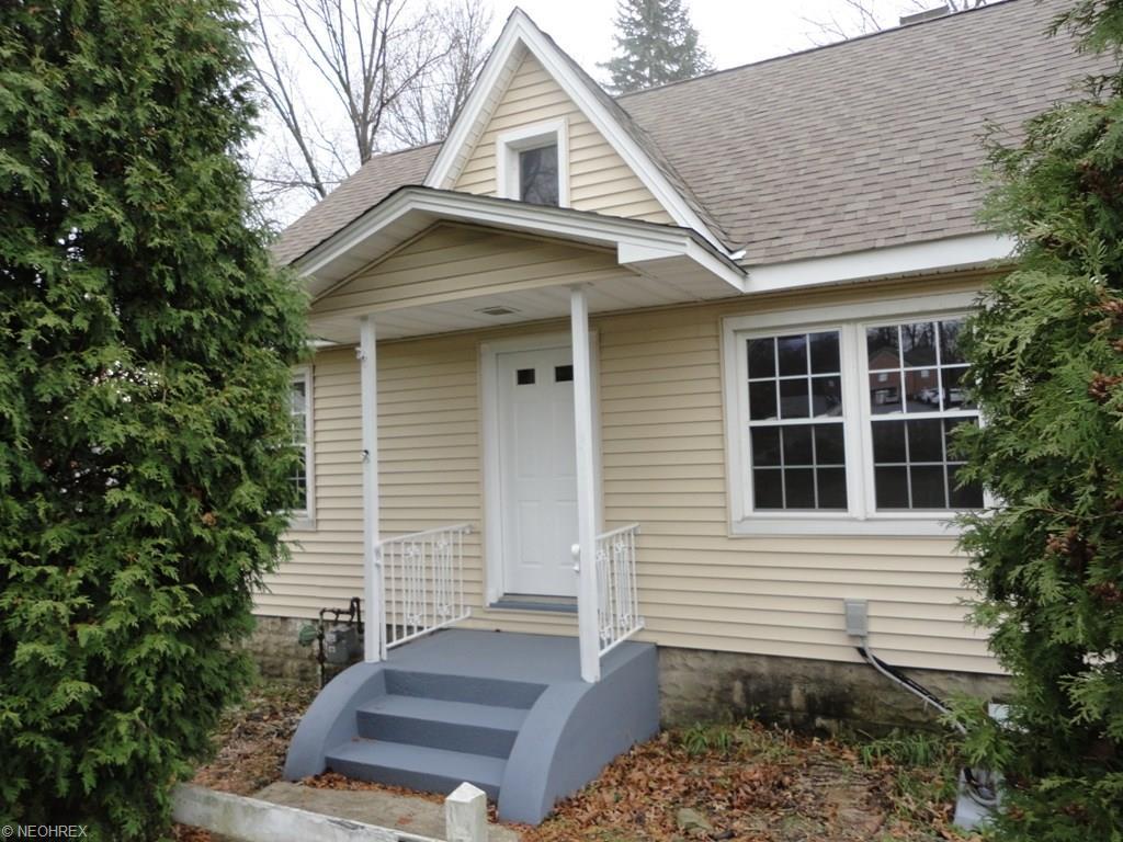 424 Niles Cortland Rd, Warren, OH