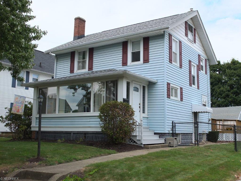 223 2nd St, Brewster, OH