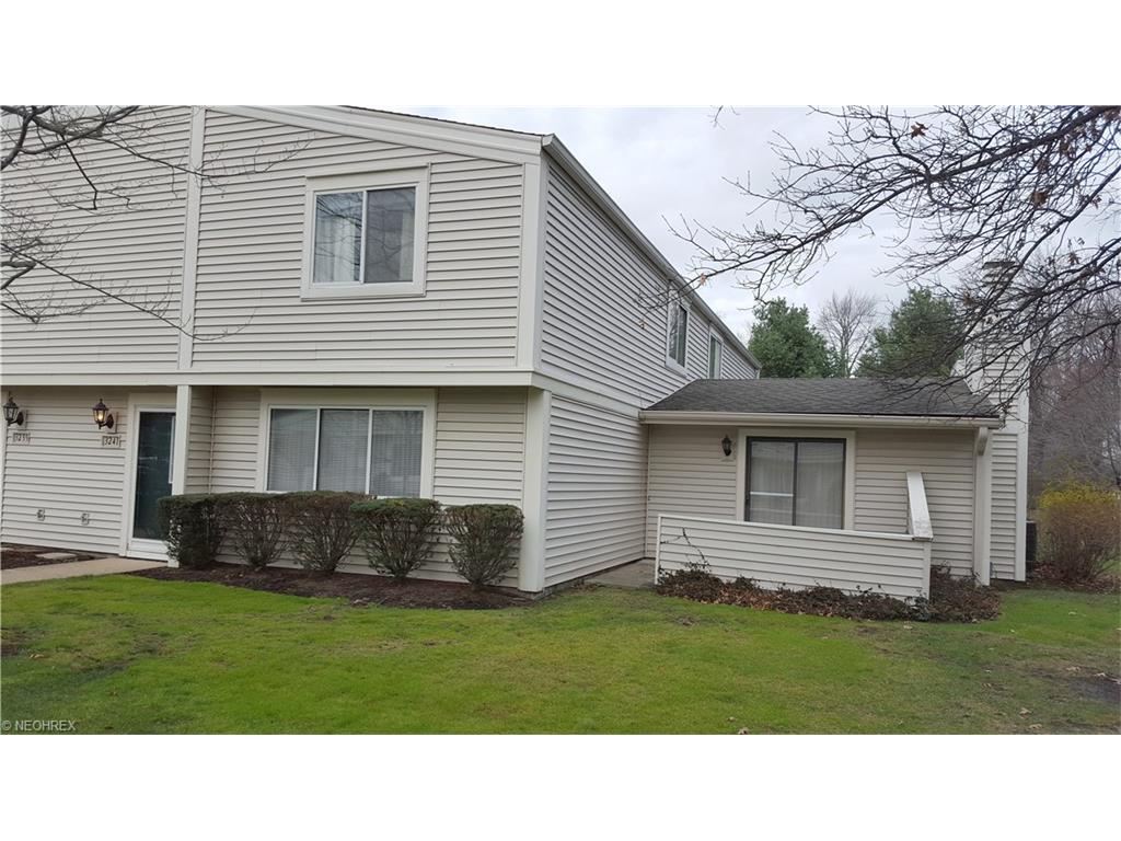 3241 Bay Landing Dr, Westlake, OH