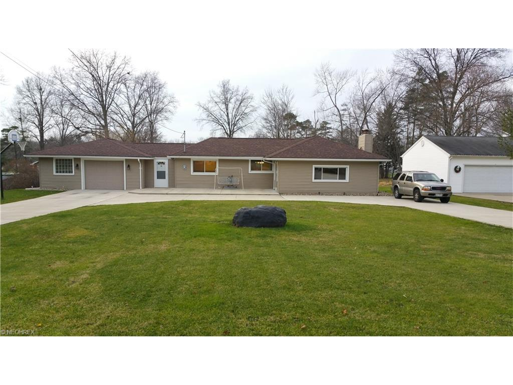 349 Willow Dr, Warren, OH