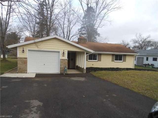 29 Meadowbrook Dr, Grafton OH 44044