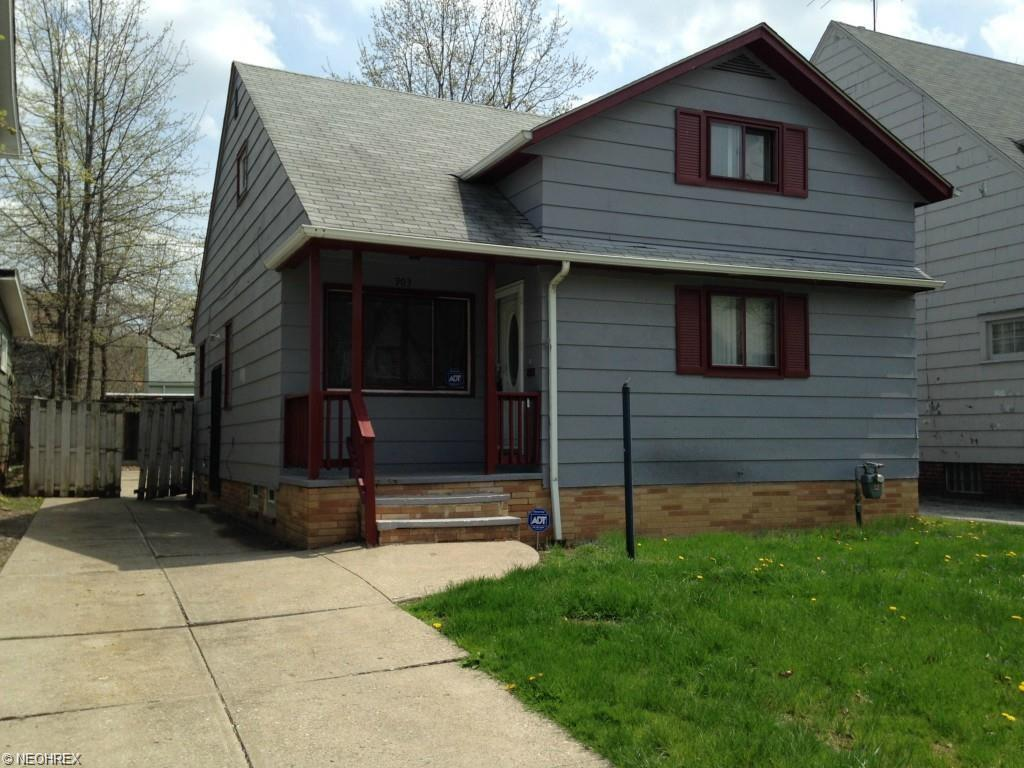 903 Nela View Rd, Cleveland, OH