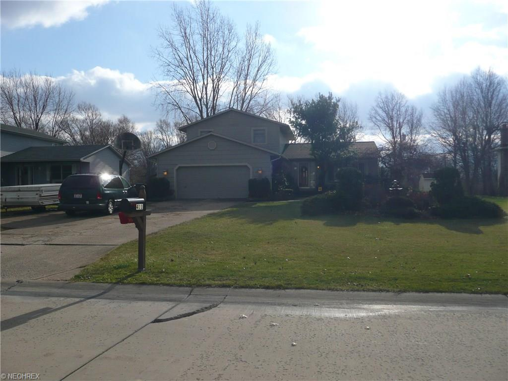 411 Oaknoll Dr, Amherst, OH