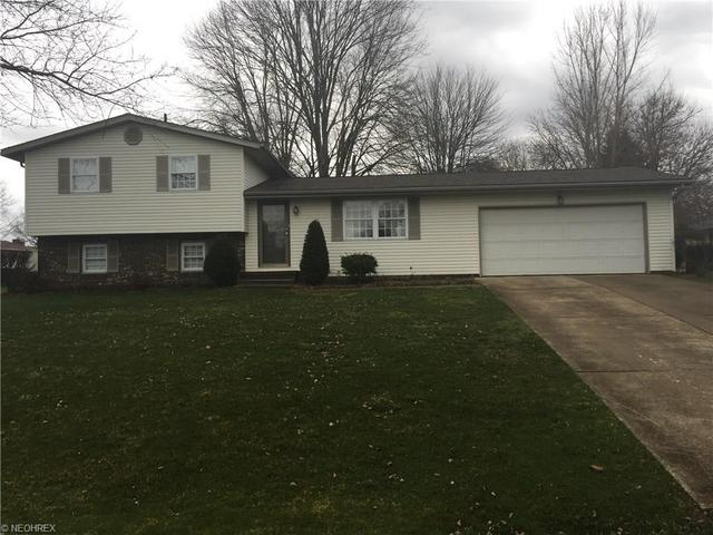 3014 Maytime St, Massillon OH 44646