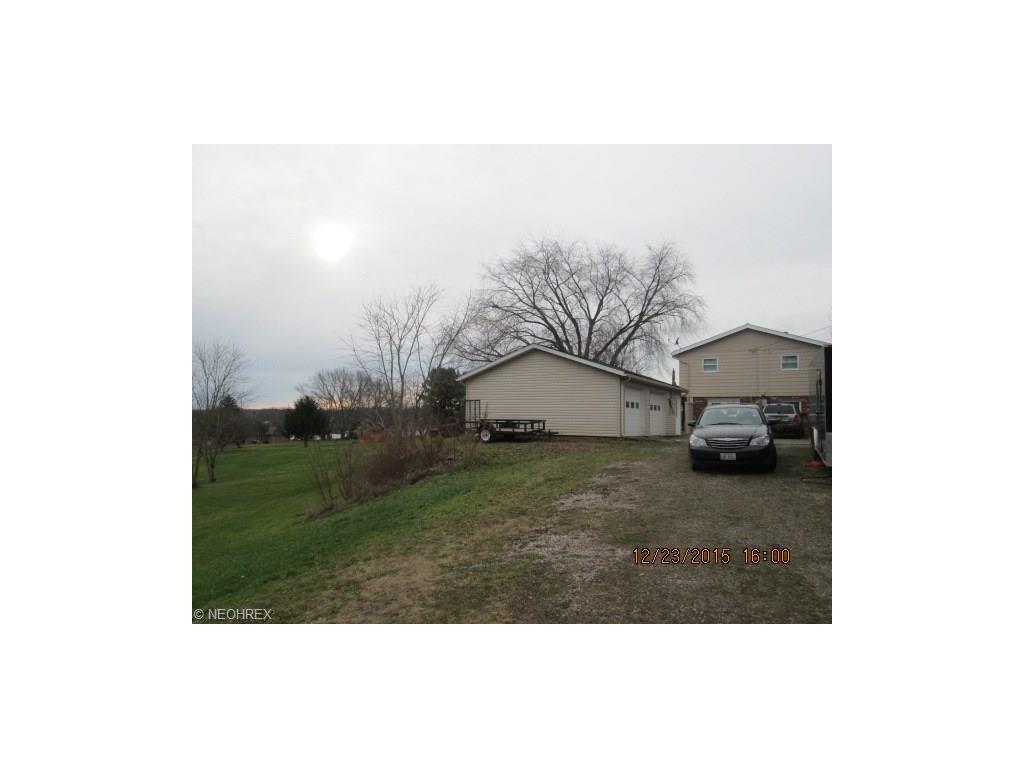 222 Sherwood Drive, Zanesville, OH 43701