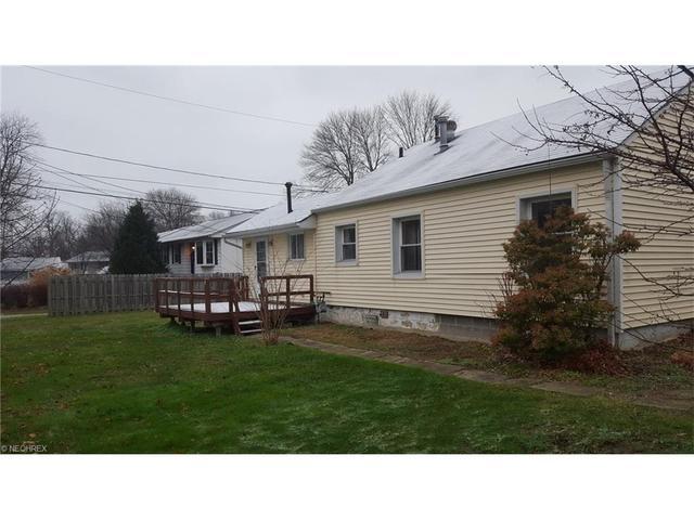 1352 Davista Ave, Madison OH 44057