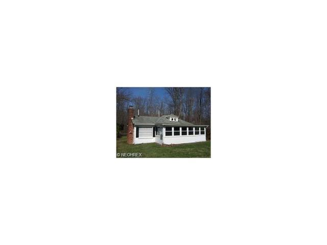 1594 Grove Ave, Madison OH 44057