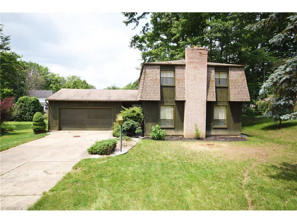 632 Bath Hills Blvd, Akron, OH