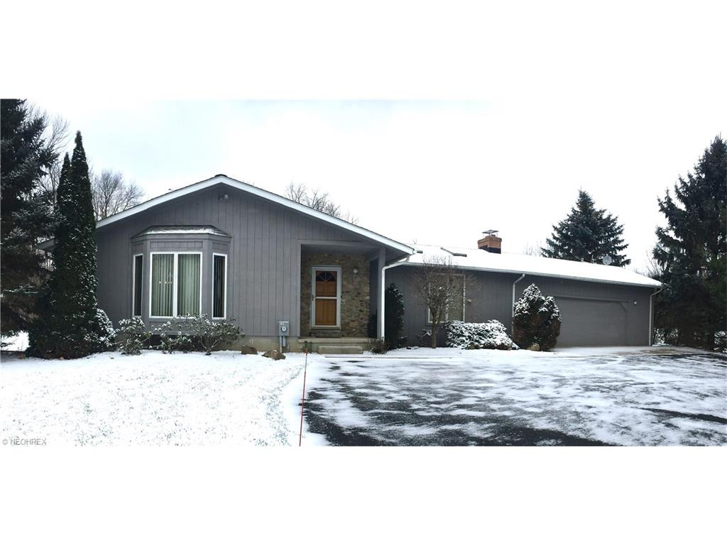 16850 Auburn Rd, Chagrin Falls, OH