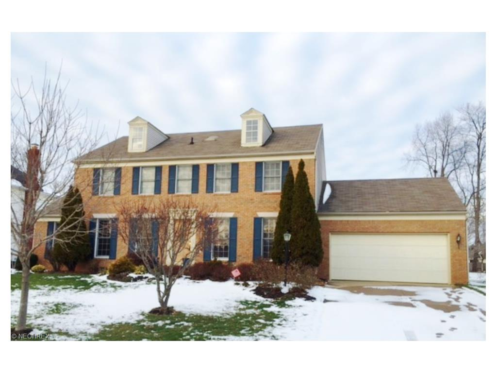1019 Cobblefield St, Canton, OH