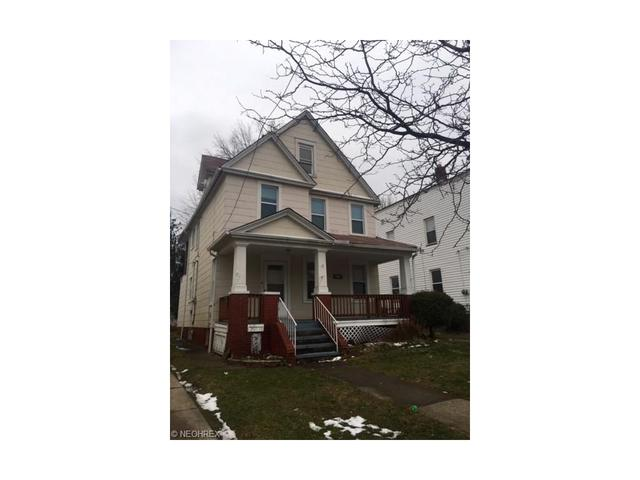 1583 Hopkins Ave, Lakewood OH 44107