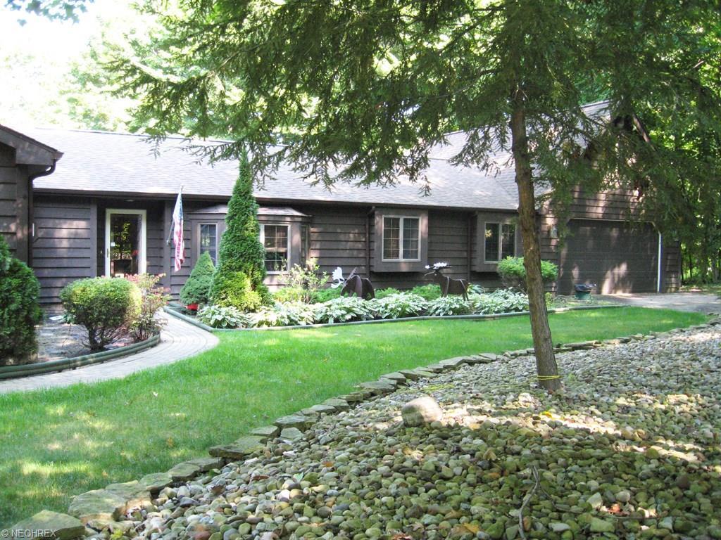 6175 Grandridge Pointe Dr, Painesville, OH