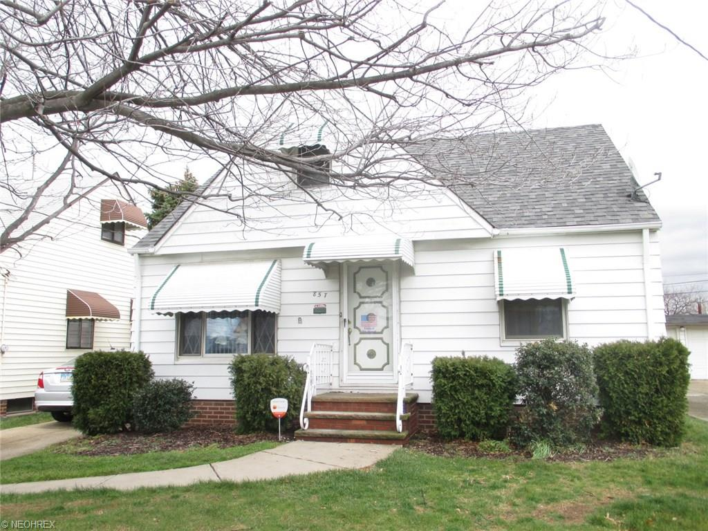 857 E 220th St, Cleveland, OH
