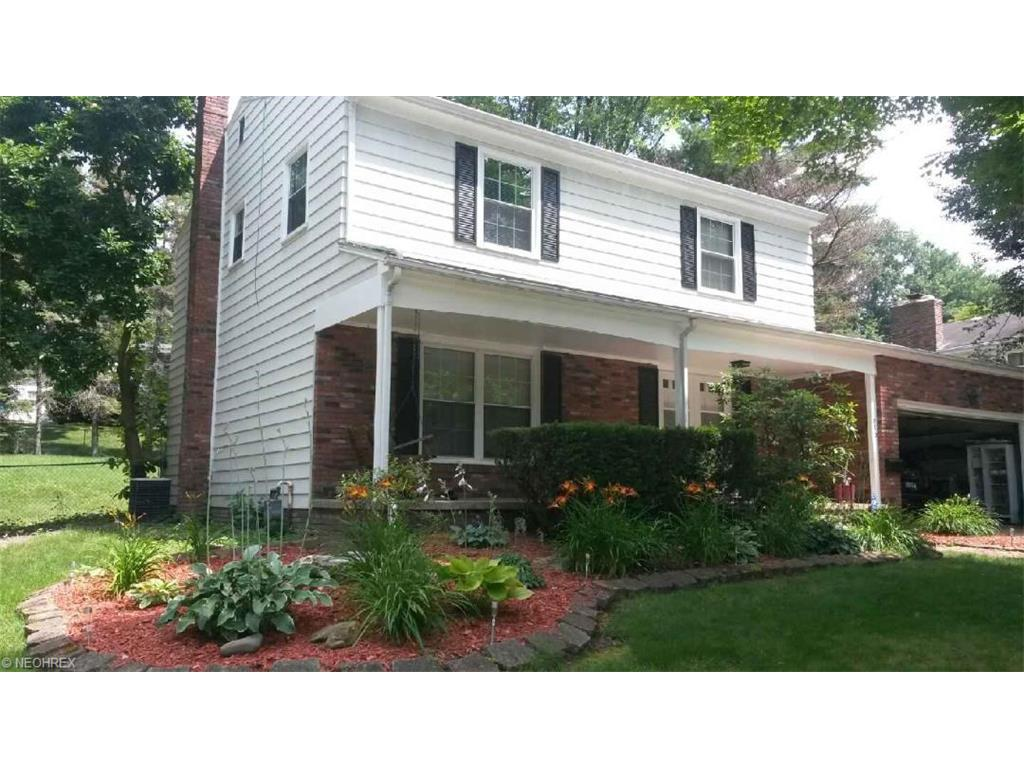 873 Mark Dr, Akron, OH