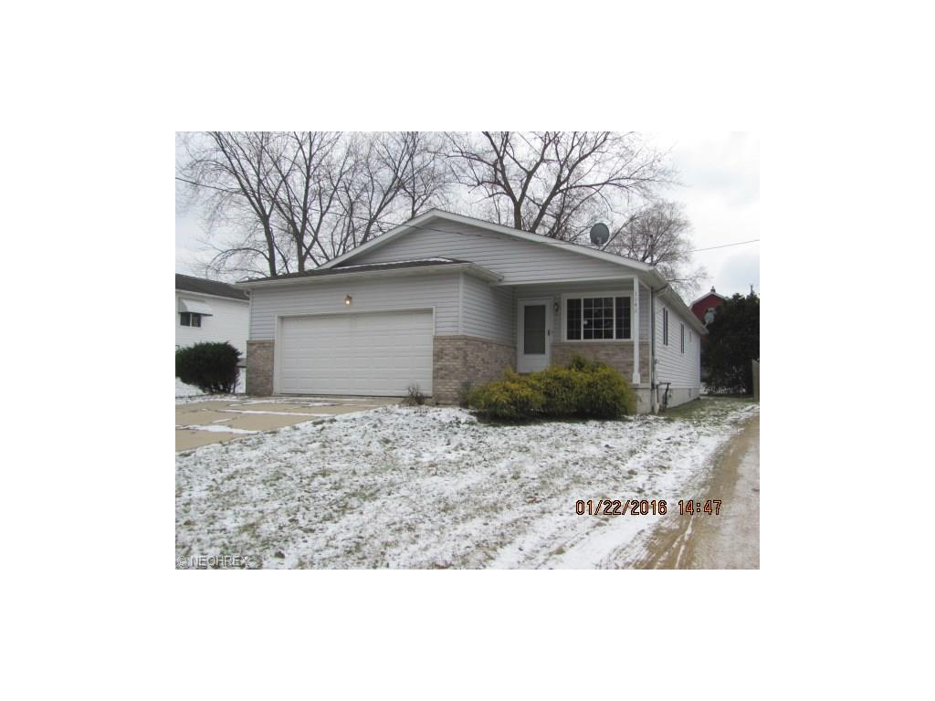 1142 Nordica Ave, Akron, OH