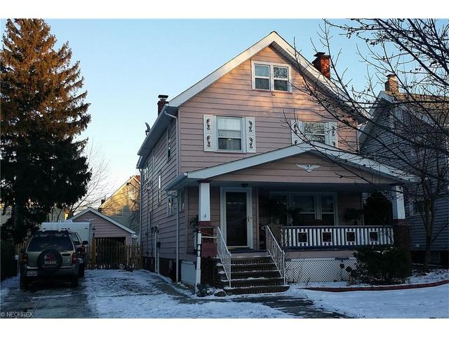 2091 Belle Ave, Lakewood OH 44107