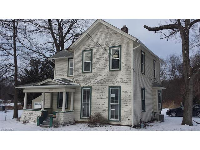 2789 North St, New Franklin OH 44216
