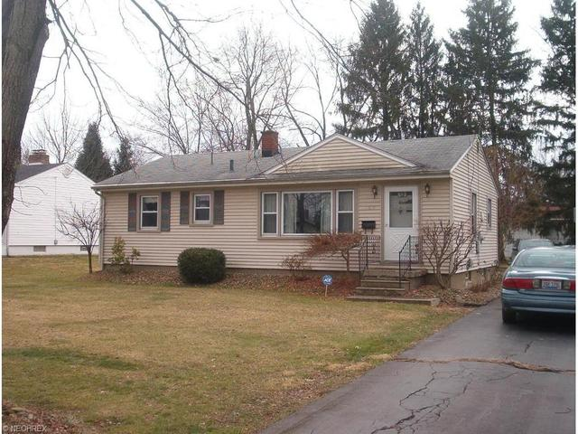 109 Moreland Rd, Niles OH 44446