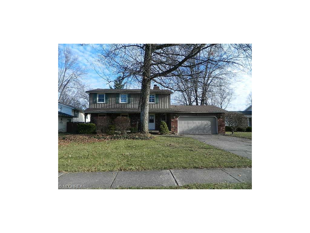 4423 Forest Hill Dr, Lorain, OH