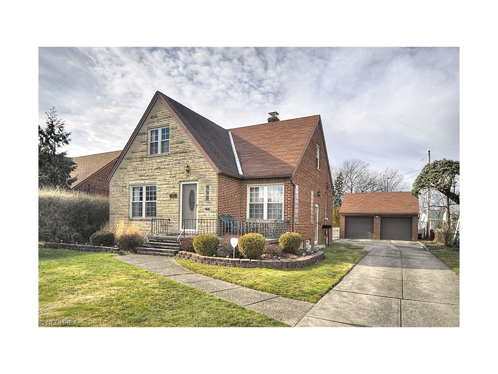 6522 S Canterbury Rd, Cleveland, OH