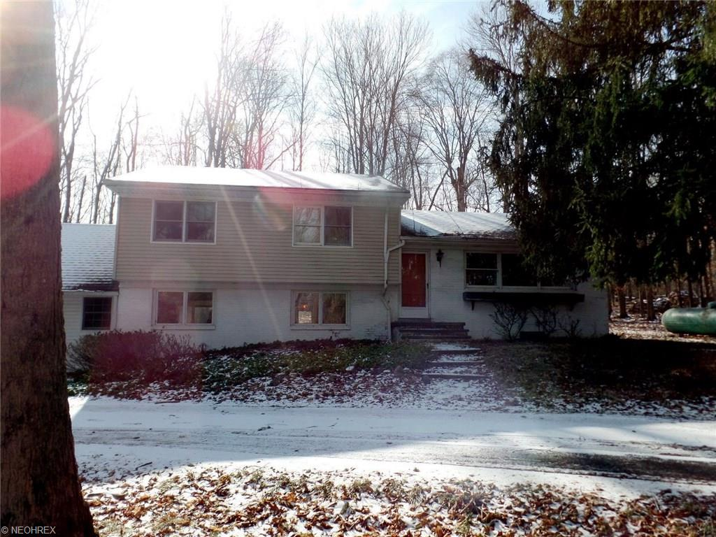 3331 Valley Pkwy, North Royalton, OH