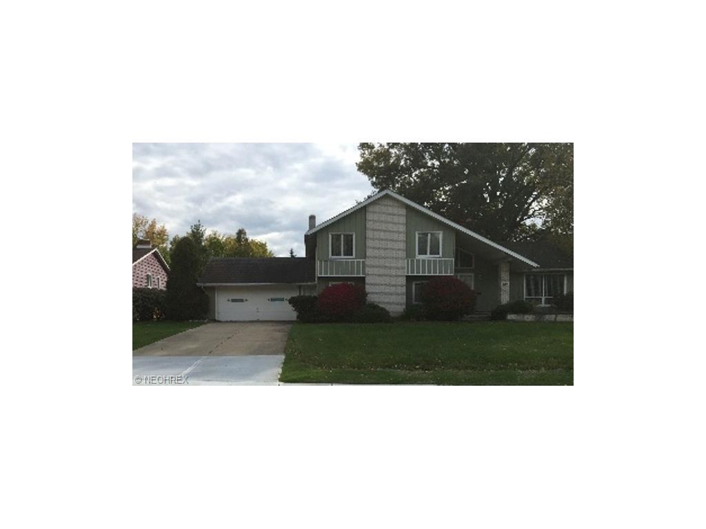 15820 Forest Hills Blvd, Cleveland, OH