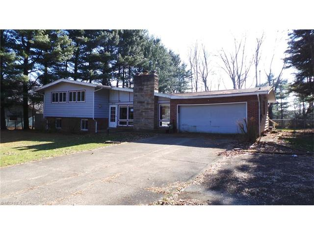 2544 Sussex Dr, New Franklin OH 44216
