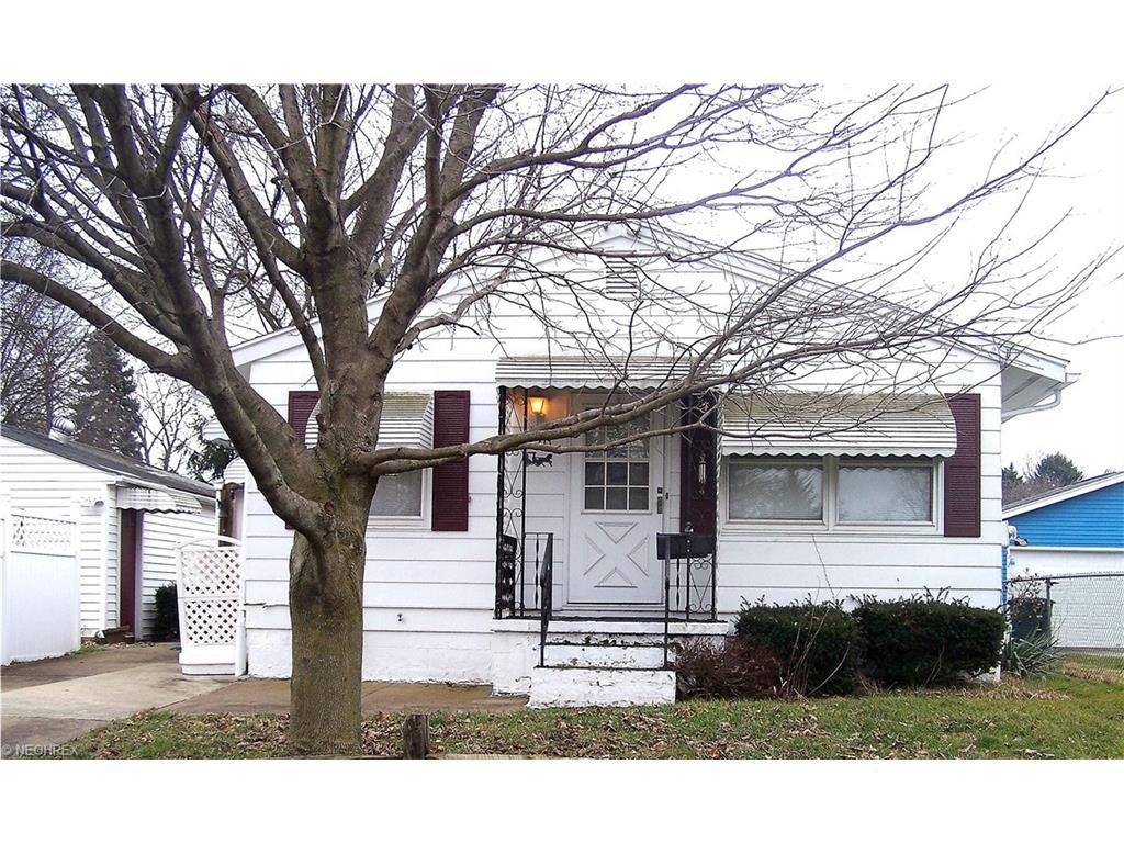 1270 Anna Ave, Akron, OH