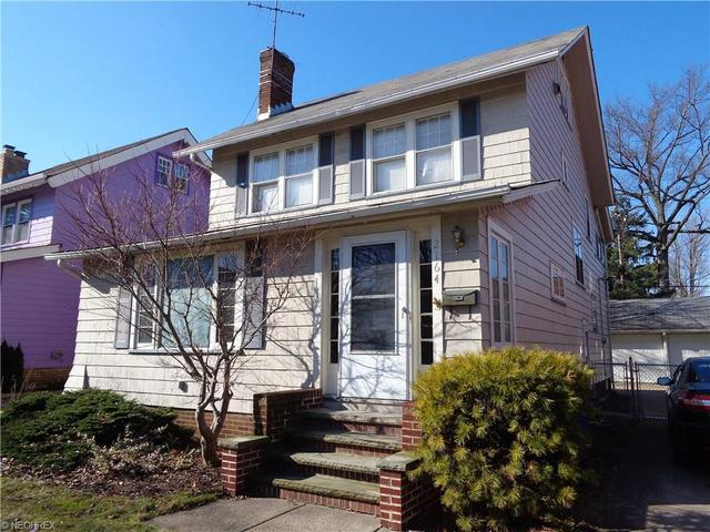 2164 Mckinley Ave, Lakewood OH 44107