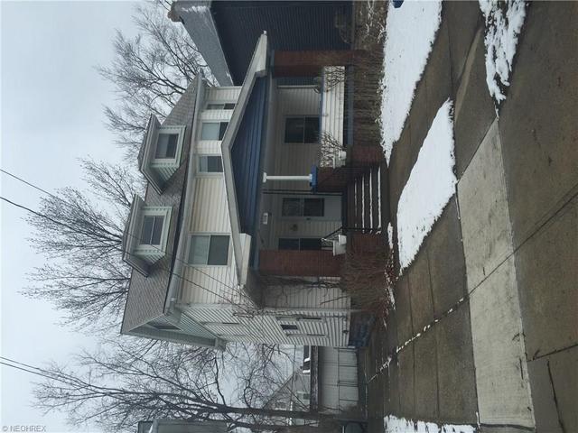 1516 Westwood Ave, Lakewood OH 44107
