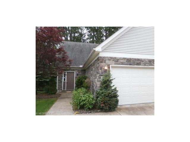 6684 Courtyard Dr, Madison OH 44057
