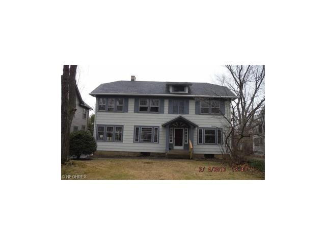 2652 Exeter Rd, Cleveland Heights OH 44118